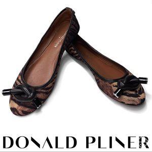 Donald J Pliner Gracie Flats Animal Print Sz 6.5M